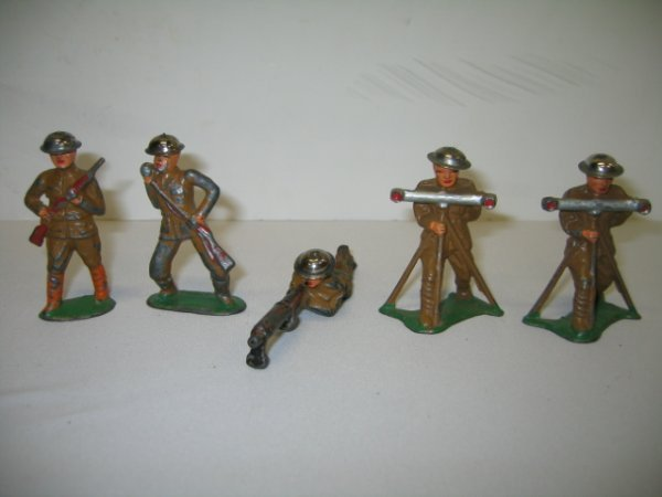 7: BARCLAY LEAD TOY SOLDIERS, 5 TOTAL