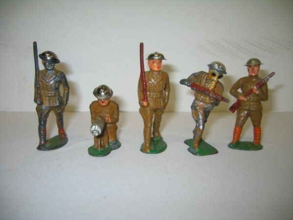 10: BARCLAY LEAD TOY SOLDIERS, 5 TOTAL