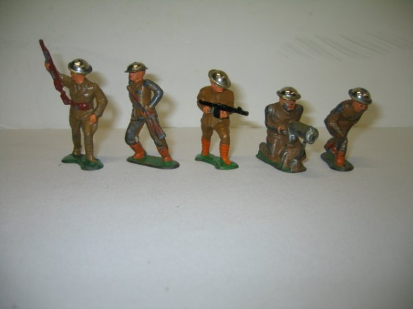 14: BARCLAY LEAD TOY SOLDIERS, 5 TOTAL