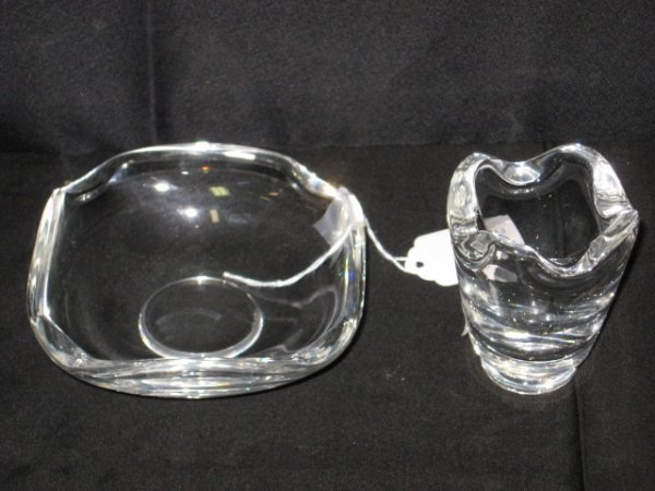 403: 2 PCS. SGD.  STEUBEN CIGARETTE/ASHTRAY SET