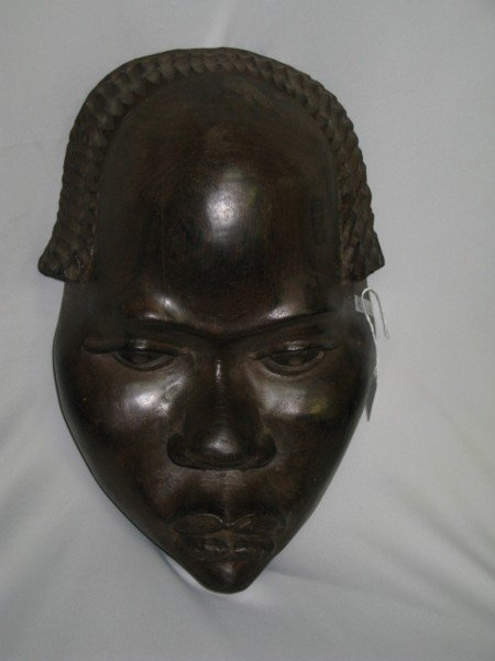 301: 1940's NIGERIAN PORTRAIT MASK,  LARGE & HEAVY.