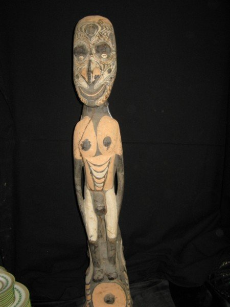 305: NEW GUINEA CARVED FIGURE