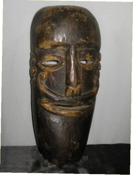 315: RARE CARVED ANGORAN LOWER SEPIK RIVER MASK, 1930'S