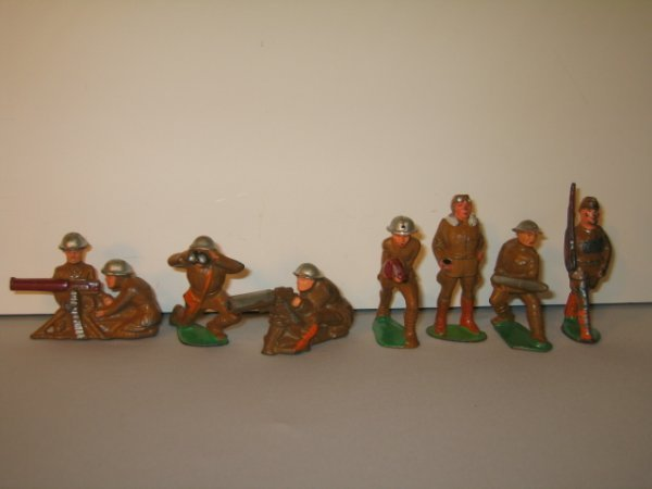 3: MANOIL LEAD TOY SOLDIERS, 7 TOTAL