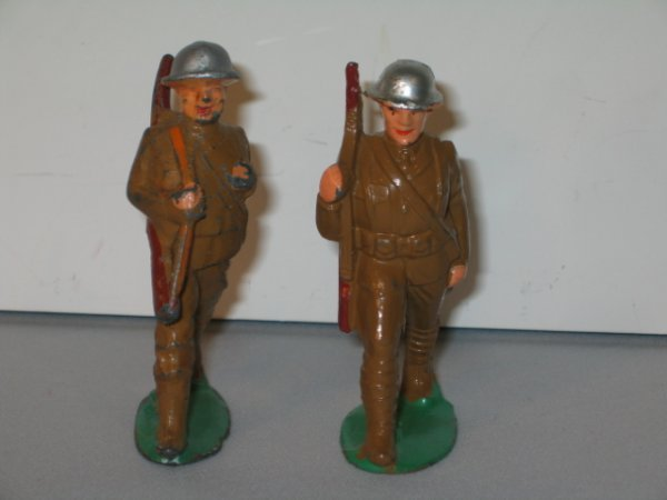 4: MANOIL LEAD TOY SOLDIERS, 2 TOTAL