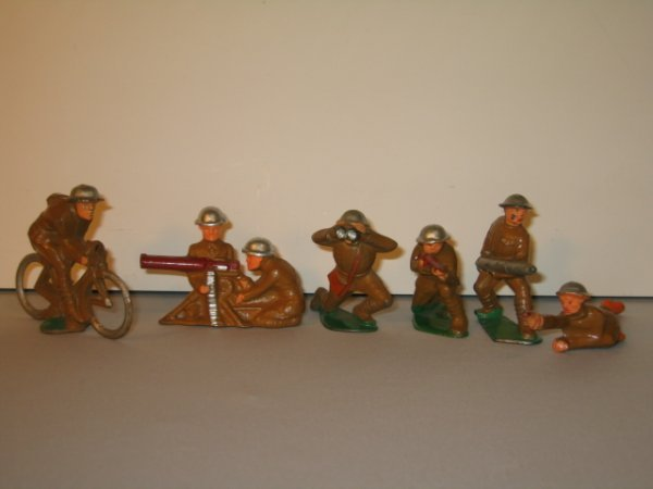 6: MANOIL LEAD TOY SOLDIERS, 6 TOTAL