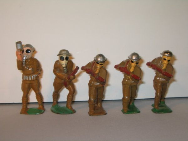 7: MANOIL & BARCLAY LEAD TOY SOLDIERS, 5 TOTAL