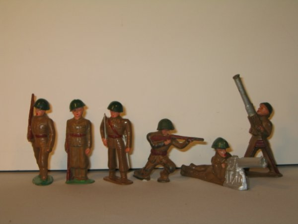19: BARCLAY LEAD TOY SOLDIERS, 6 TOTAL