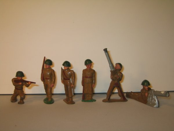 20: BARCLAY LEAD TOY SOLDIERS, 6 TOTAL