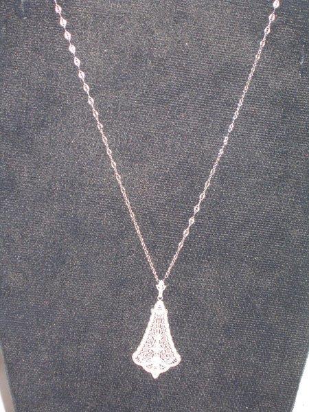 359: VINTAGE FILIGREE PENDANT W/TINY DIAMONDS