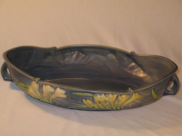 "8: ROSEVILLE BLUE ""FREESIA"" CONSOLE BOWL, #469-14"""
