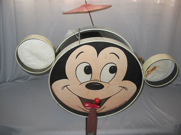 429: CHILD'S MICKEY MOUSE DRUM SET W/CYMBAL, PEDAL.