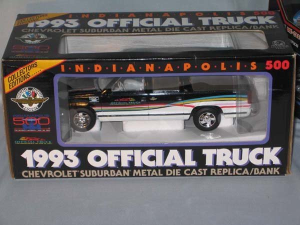 360: 1993 INDIANAPOLIS 500 OFFICIAL TRUCK/BAN