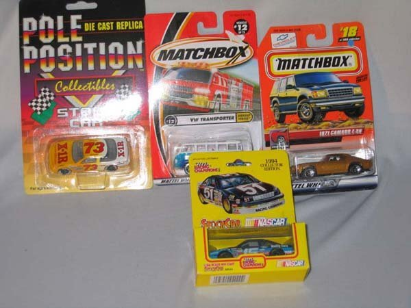 364: 4 MATCHBOX CARS, 1:64 SCALE