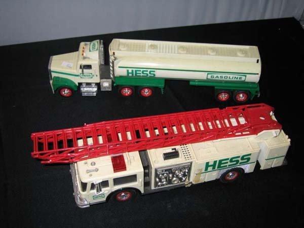 368A: 2 HESS VEHICLES; TANKER & FIRE ENGINE