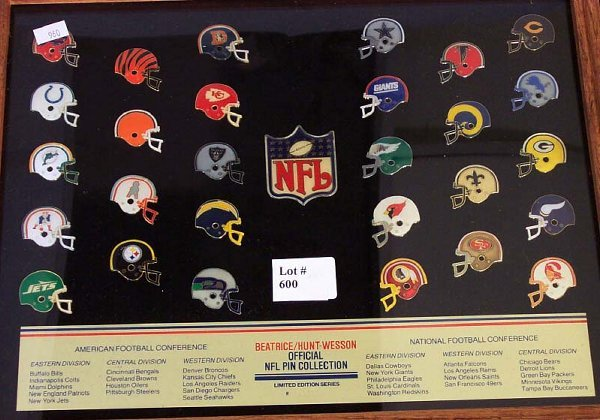 600: BEATRICE/HUNT-WESSON OFFICIAL NFL PIN CO - 2