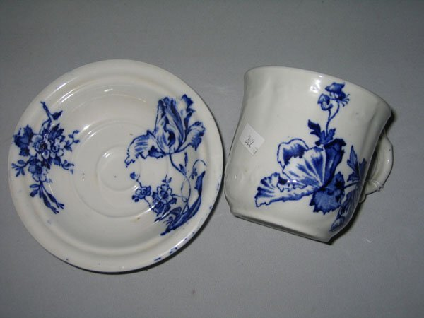 10: FLO BLU CUP/SAUCER COLONIAL POTTERY