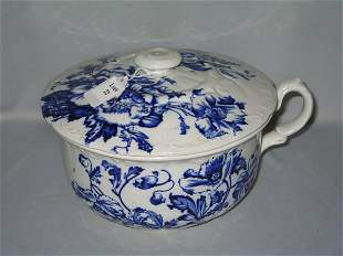 FLO BLUE COVERED CASSEROLE COLONIAL POTTERY
