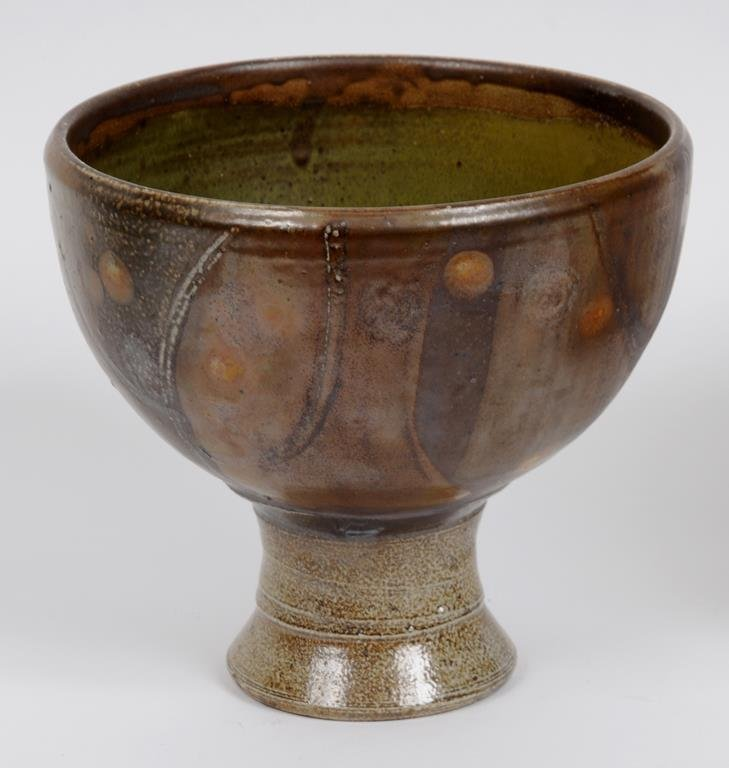 A Michael Casson salt glaze pedestal bowl, 18 cm high