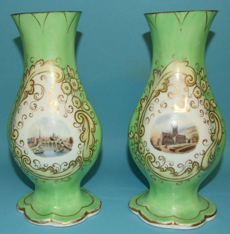 A pair of Graingers Worcester porcelain vases,