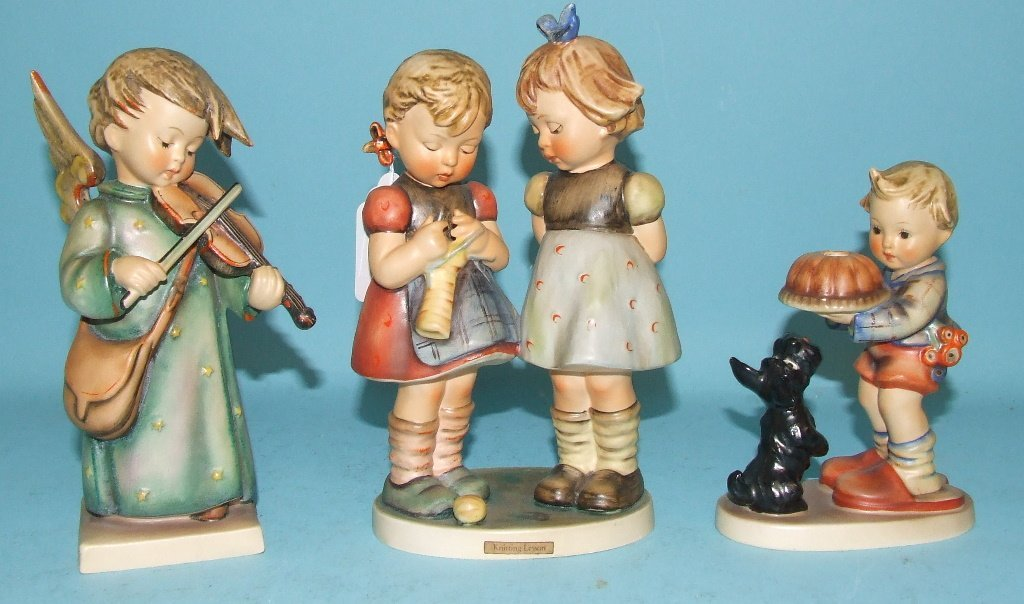 A Hummel group, Knitting Lesson, 18.5 cm high, and 14