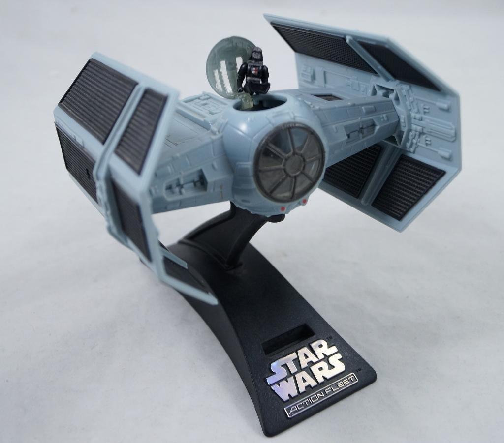 1995 MICRO MACHINES Star Wars Darth Vader Tie Fighter,