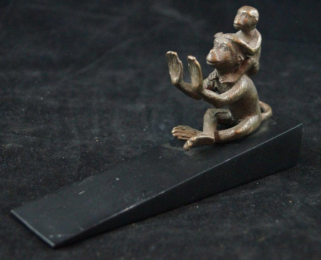 SPI Bronze Vintage Doorstop, Two Monkeys