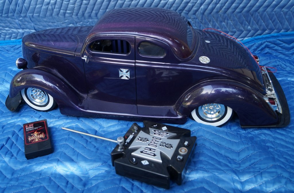 West Coast Choppers Remote Controlled Ford Car