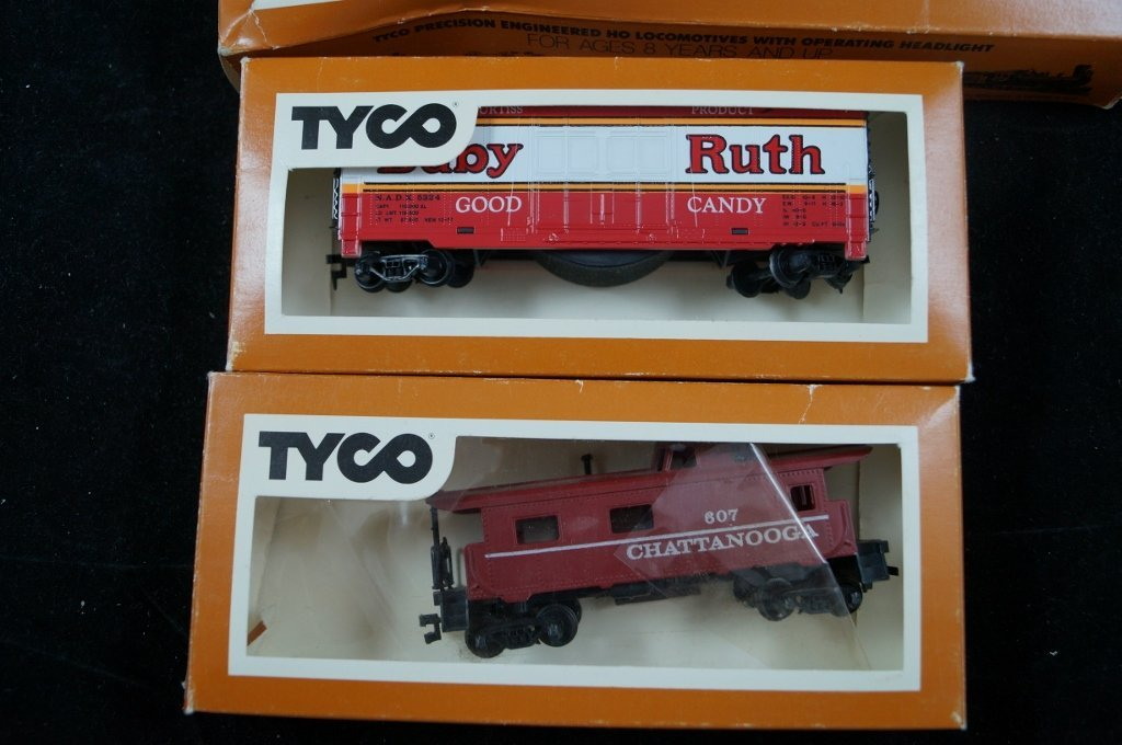 LOT Tyco HO Scale Model Electric Trains, Vintage - 2