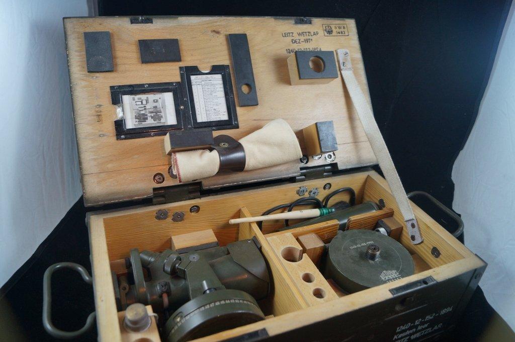 Leitz Wetzlar WWII Military Periscope Scope Lights Case