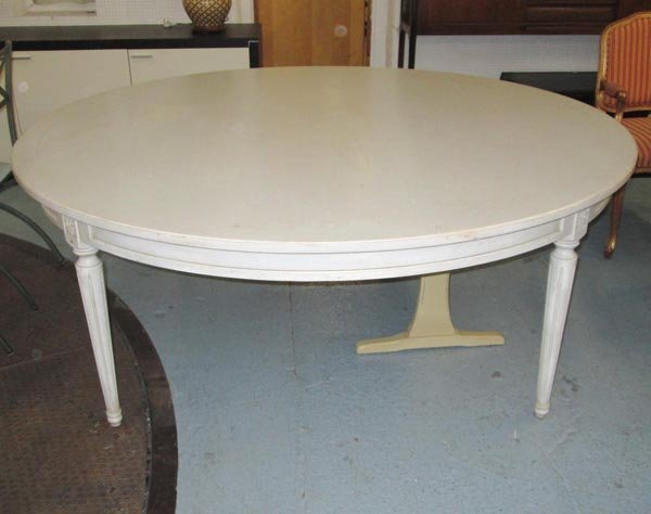 DINING TABLE, by De Tonge, French style, circular, in a