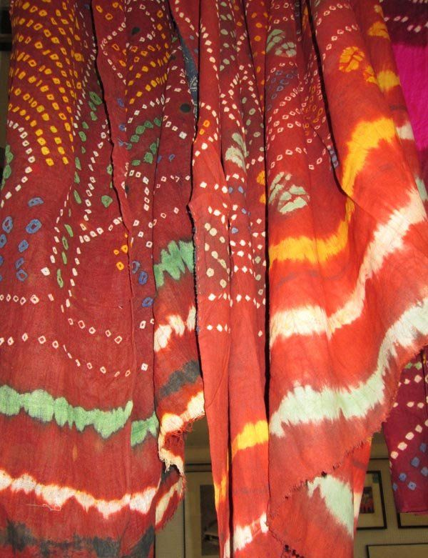 INDIAN WALL HANGINGS, five various, of tied dyed and