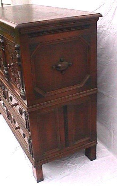 650: Kittinger Furniture Company - Sunflower Chest - 3