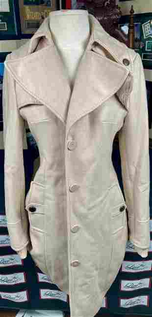 CASTLE Stana Katic on screen jacket