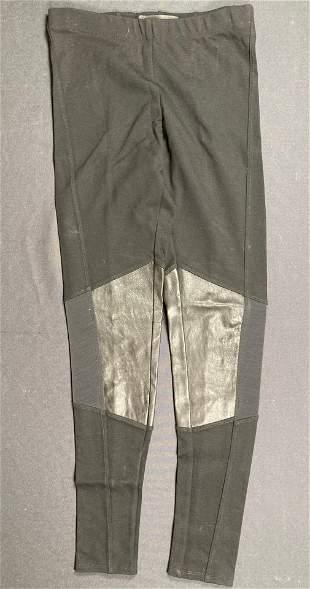 CASTLE Stana Katic pants worn on screen