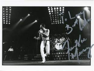 Freddie Mercury QUEEN signed photograph