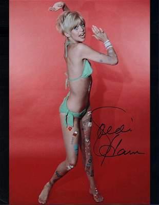 Golide Hawn Laugh Inn signed photograph
