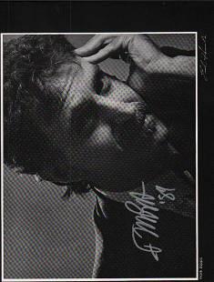 Frabnk Zappa rare signed photograph 9x12