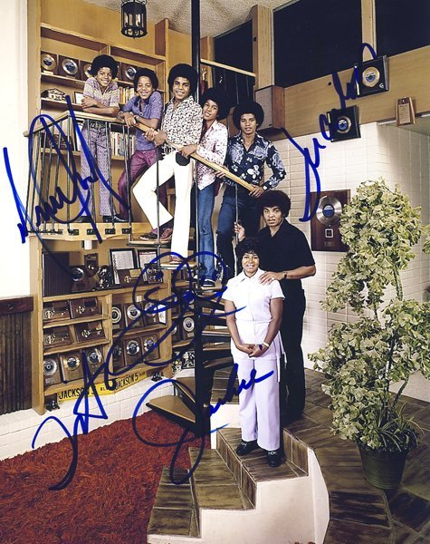 The Jackson Five Signed 8x10 Family Photo