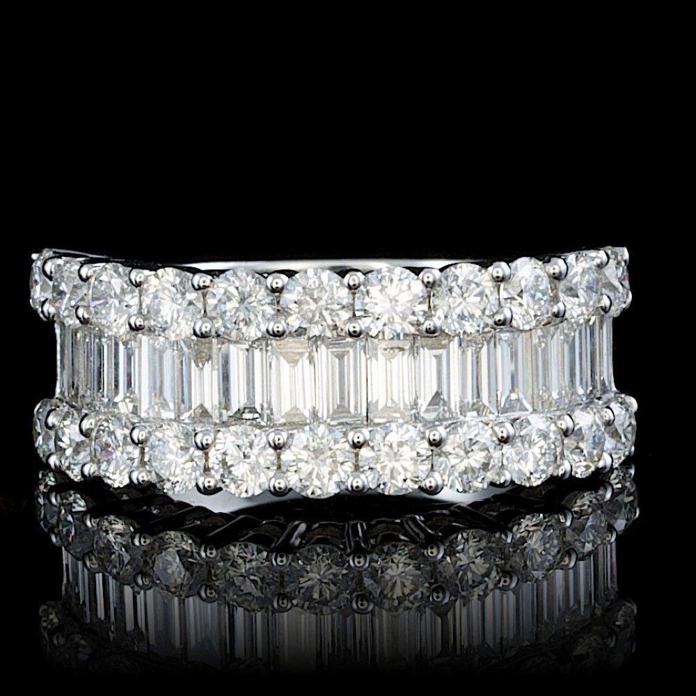 18k White Gold 2.8ct Diamond Ring