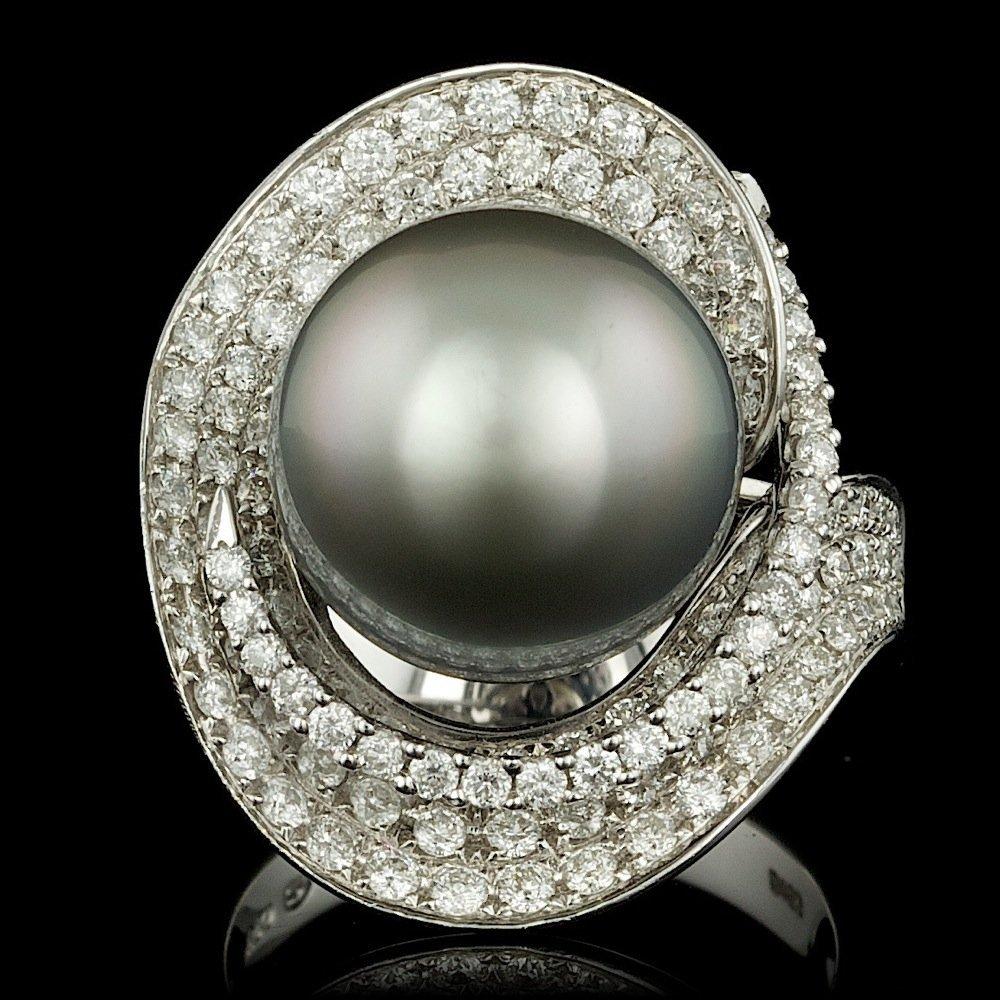 18k Gold 13 X 15mm Pearl 1.60ct Diamond Ring
