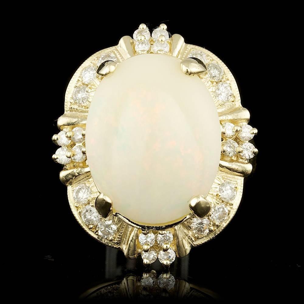 14k Yellow Gold 10.20ct Opal 0.82ct Diamond Ring