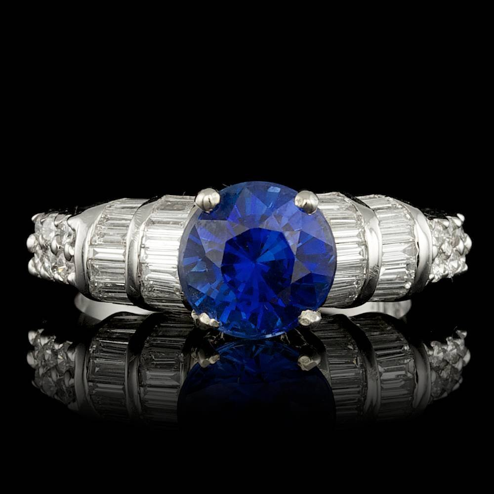 14k White Gold 2.00ct Sapphire 1.3ct Diamond Ring