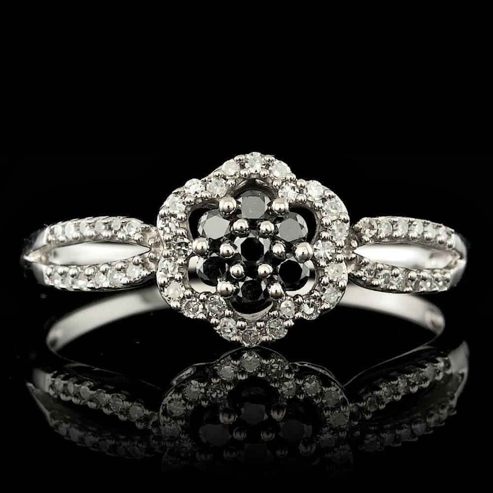 14k White Gold .37ct Diamond Ring