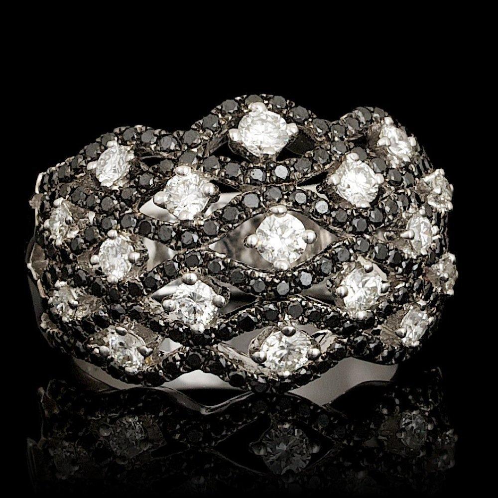 18k White Gold 1.69ct Diamond Ring