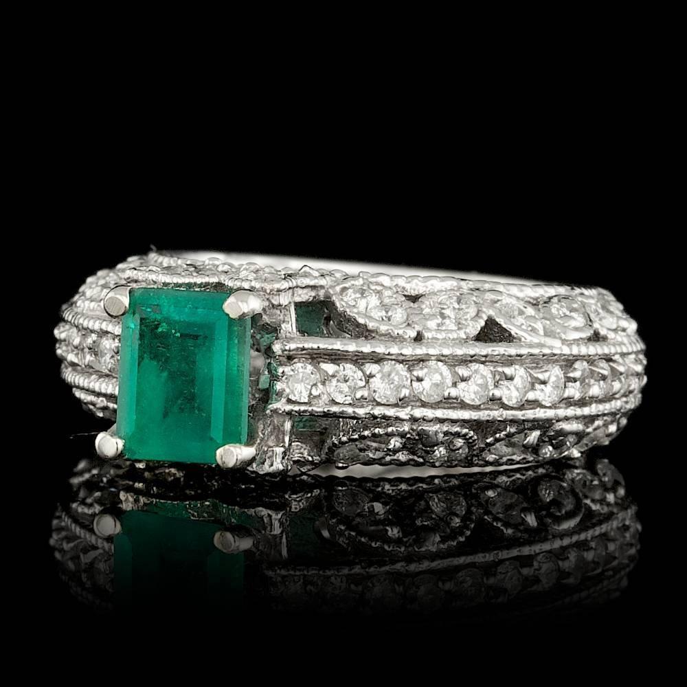 14k White Gold 0.80ct Emerald 0.95ct Diamond Ring - 2