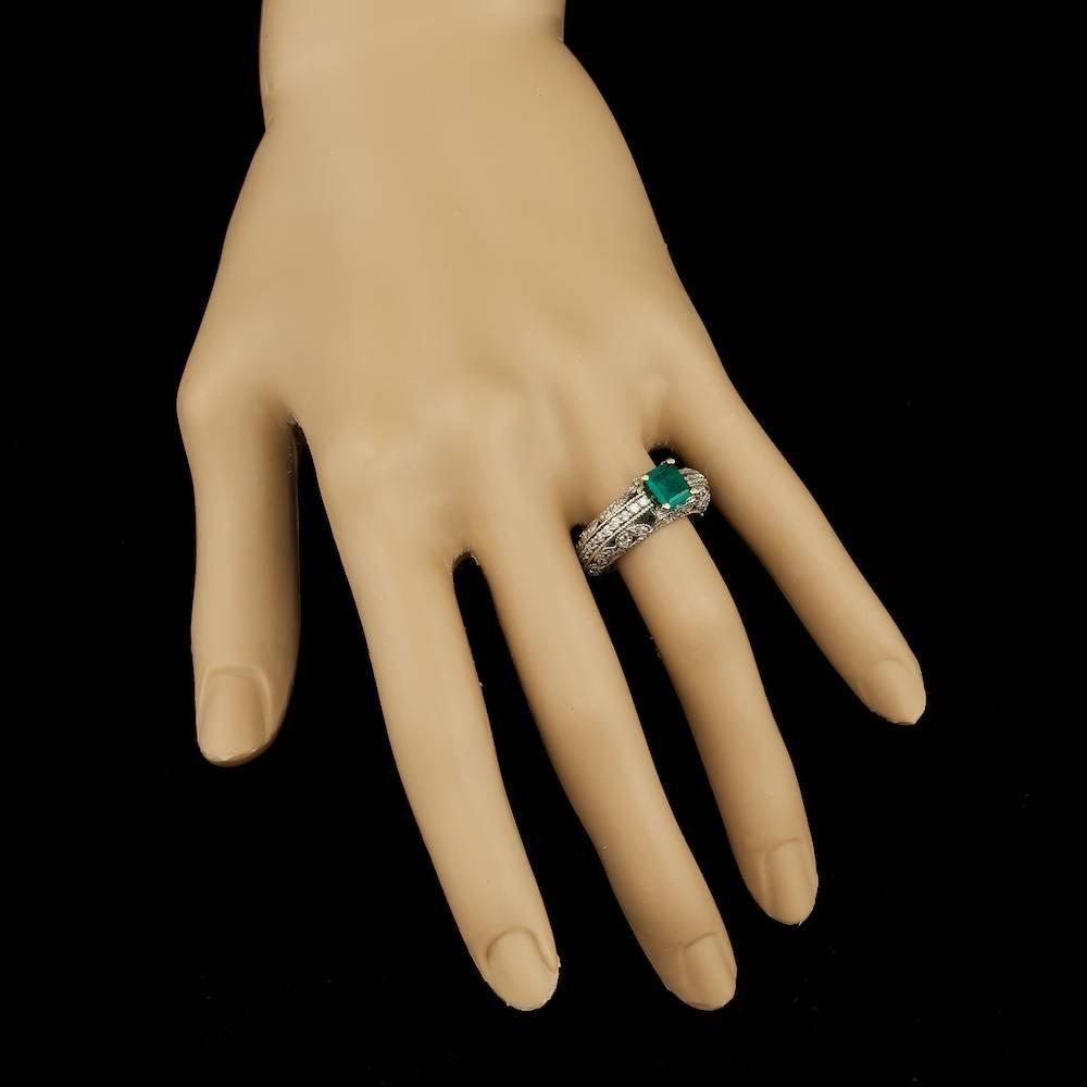 14k White Gold 0.80ct Emerald 0.95ct Diamond Ring - 3