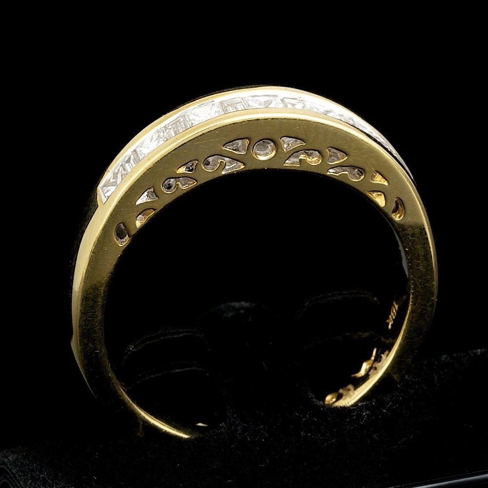 18k Yellow Gold .45ct Diamond Ring - 4