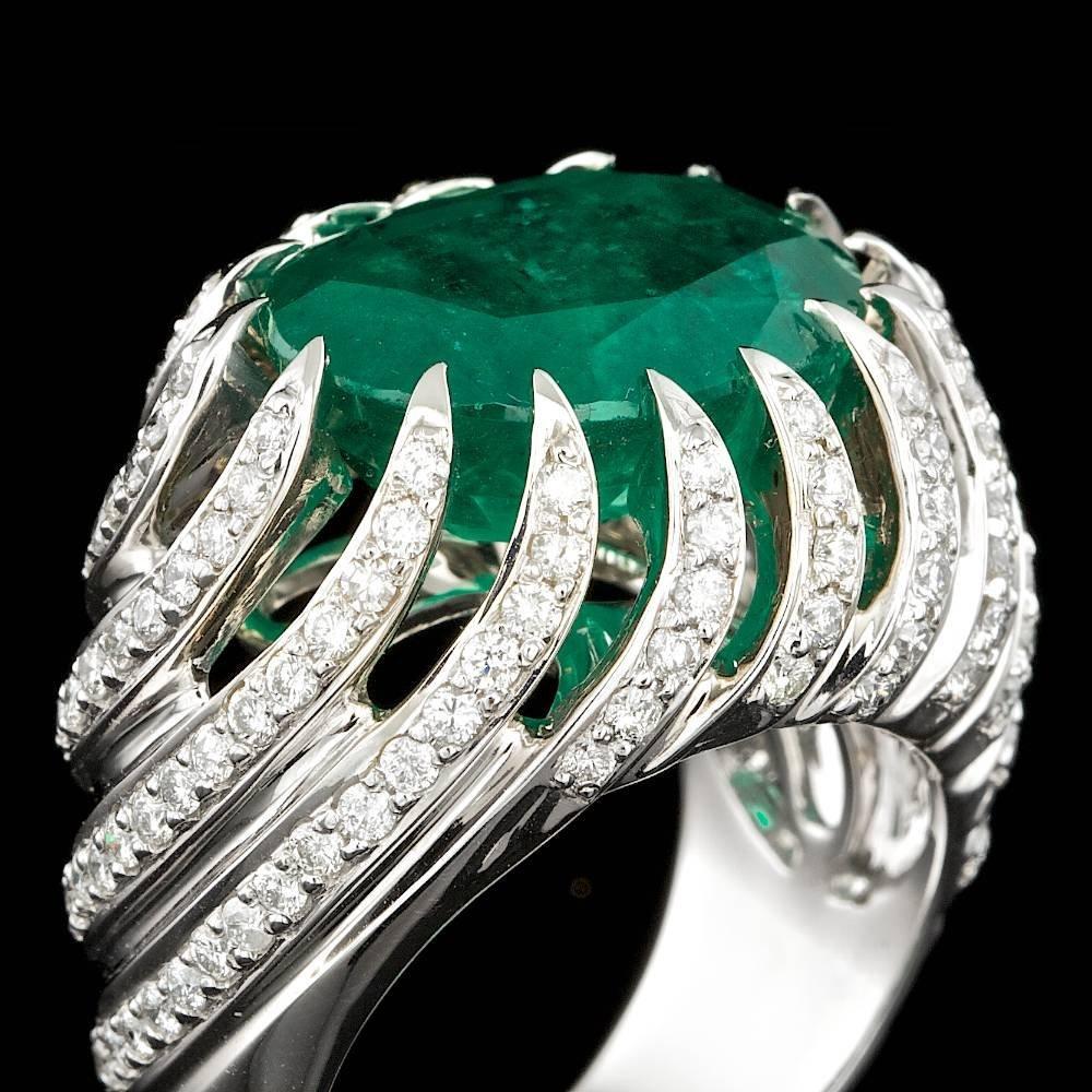 14k White Gold 7.50ct Emerald 0.70ct Diamond Ring