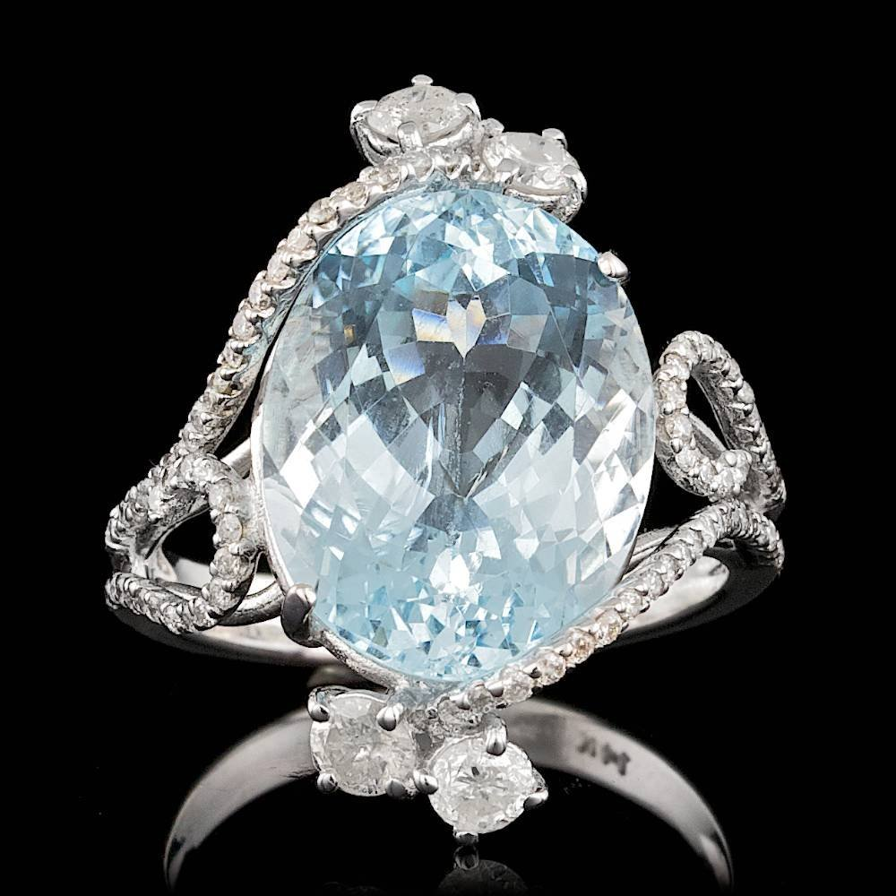14k Gold 8.50ct Aquamarine 0.80ct Diamond Ring